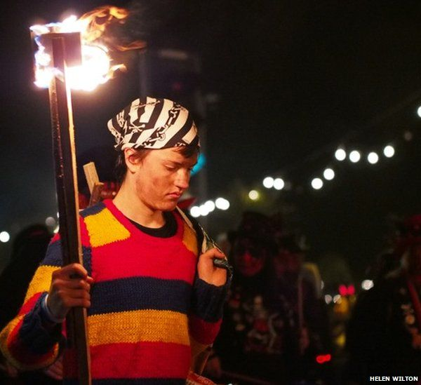 A member of the Hastings Borough Bonfire Society