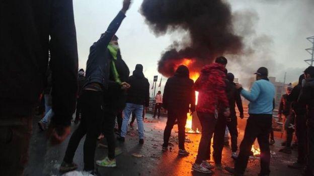 احتجاجات الوقود في إيران