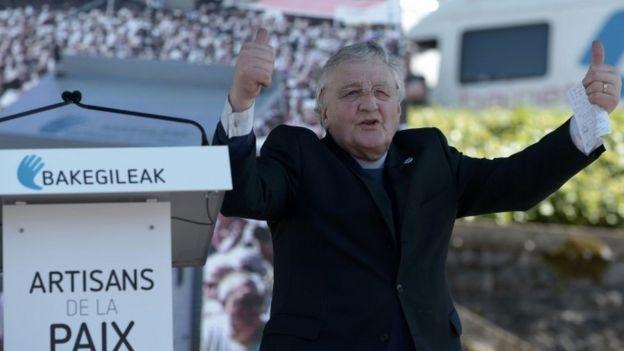 Irish Methodist preacher Harold Good gestures during a rally in Bayonne to mark the