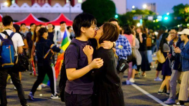 反同公投方案獲得通過,令外界質疑台灣作為平權先鋒的形像有所違背。