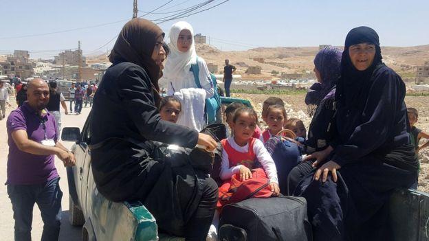 من المقرر أن يغادر آلاف السوريين إلى إدلب