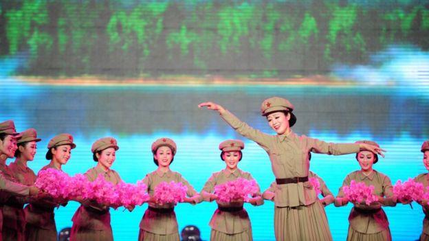 朝鮮國家級藝術團——萬壽台藝術團