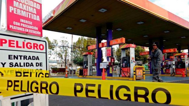 Quito, gasolinera