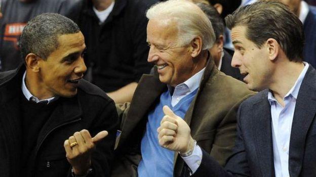 بايدن ونجله مع أوباما