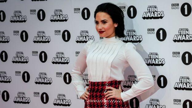 Demi Lovato: Suspected overdose follows long battle to ...