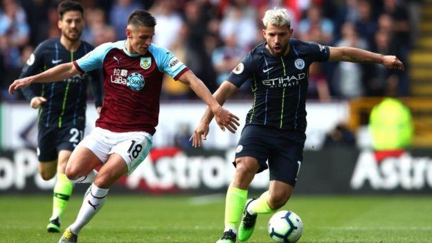 الدوري الانجليزي: مانشستر سيتي يستعيد الصدارة بفوز على بيرنلي