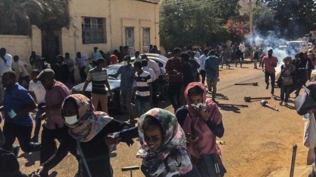 Судан протести