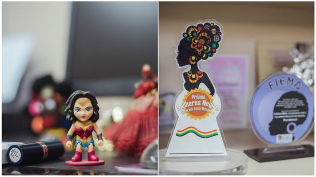Detalhes de objetos no escritório da major Denice Santiago