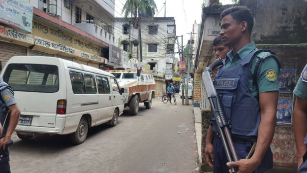 The police raid in Kalyanpur area, Dhaka, Bangladesh, 26 July 2016
