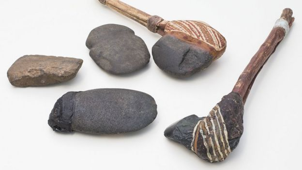 examples of other complete axe heads