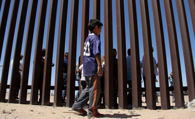 Niño en la frontera de Ciudad Juárez.