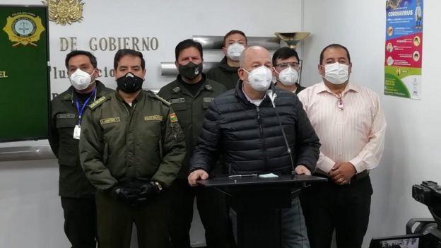 Autoridades bolivianas