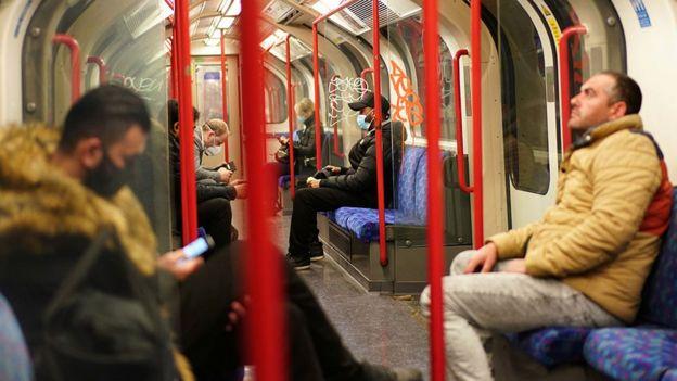 Лондонське метро.
