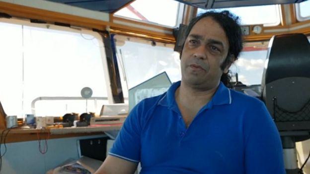 Yarmouth stranded ship: Malaviya Twenty crew leave for home - BBC News