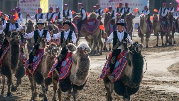 新疆少数民族运动大会。