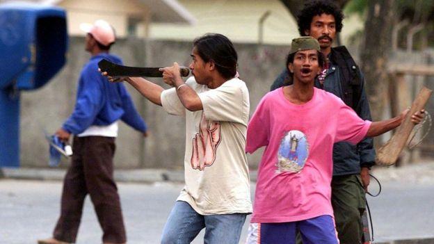 Сторонники независимости Восточного Тимора накануне референдума в 1999 году