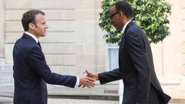 Le président rwandais Paul Kagamé reçu à l'Elysée par Emmanuel Macron, le 23 mai 2018.