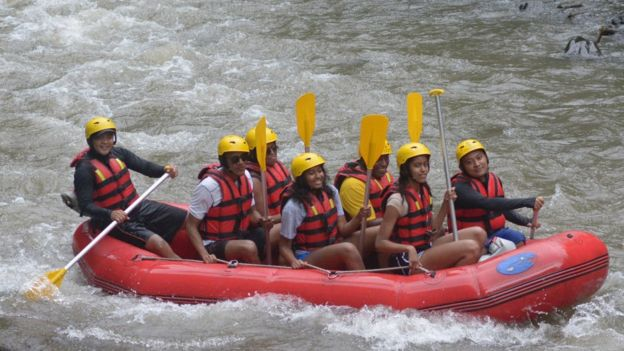The Obamas and their children whitewater rafted in Indonesia in 2017