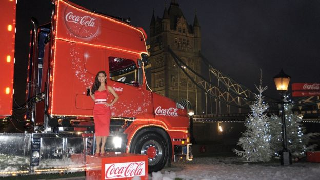 myleene klass launches the coca cola christmas truck tour at potters field park on november - Coca Cola Christmas Commercial