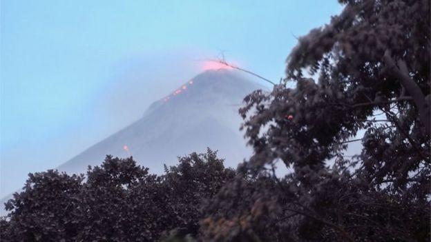 guatemala s fuego volcano how the tragedy unfolded bbc news