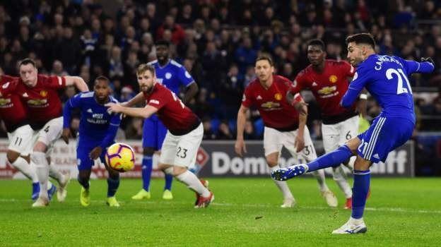 Victor Camarasa yn sgorio yn erbyn Manchester United
