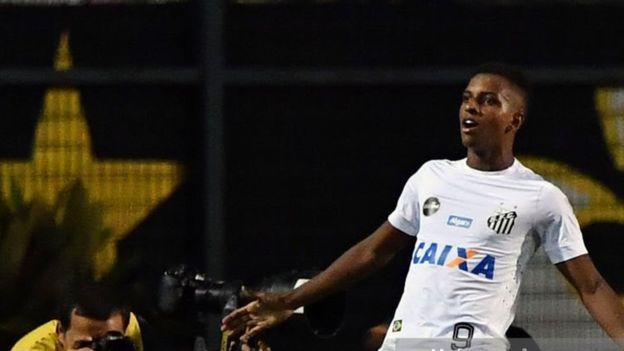 Santos Rodrygo Goes, 17