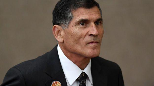 Santos Cruz foi demitido de secretaria de governo