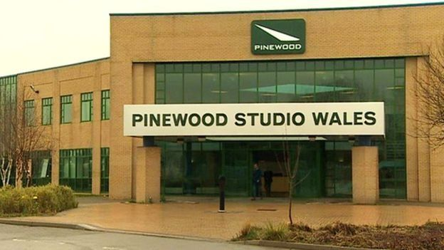 pinewood cymru
