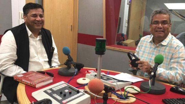 ٹی سی اے راگھون کے ساتھ بی بی سی ہندی کے صحافی ریحان فضل
