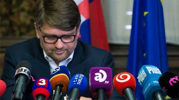 Kültür Bakanı Marek Maradic istifa etti.