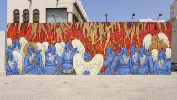 جدارية الشعلات المعلقة التي كلفت مؤسسة الشارقة للفنون خادم علي برسمها