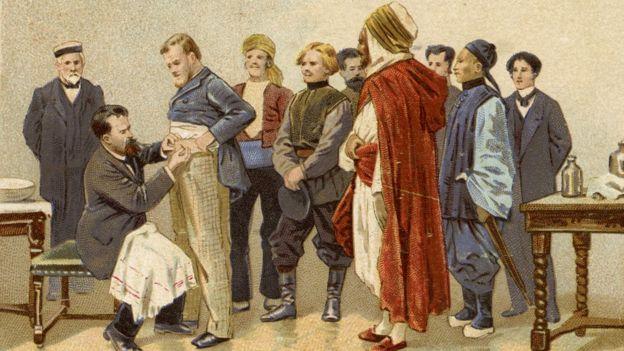 Луи Пастер делает пациентам прививки от бешенства (французская открытка)