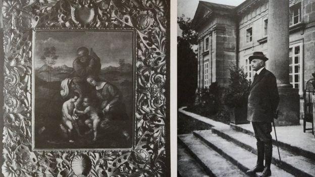 """Ліворуч - картина Рафаеля Санті """"Святе сімейство"""", праворуч - Ксаверій Орловський, який врятував 60 картин, біля парадного входу в палац, 1914 рік"""