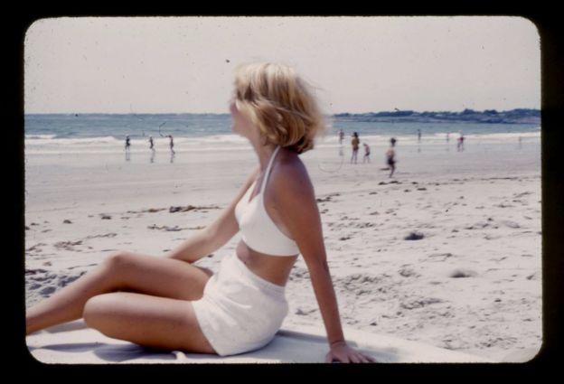 Sylvia Plath deniz kenarında