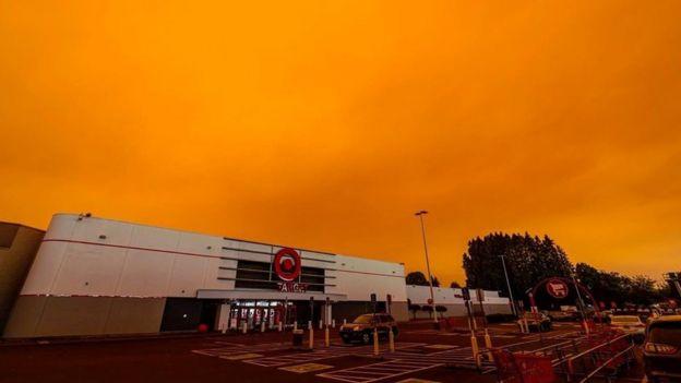 Así se ve el cielo estos días en Salem City, Oregón. La foto es del 8 de septiembre.