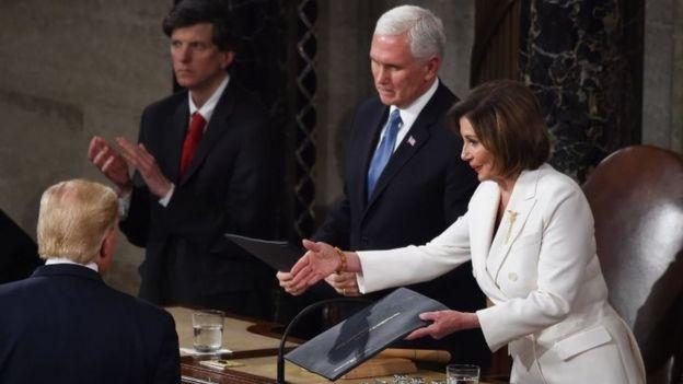 Donald Trump, Nancy Pelosi y Mike Pence en el Congreso