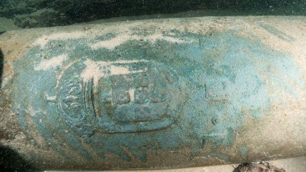 Embarcação encontrada no fundo do mar em Portugal estaria voltando da Índia quando naufragou carregada de mercadorias