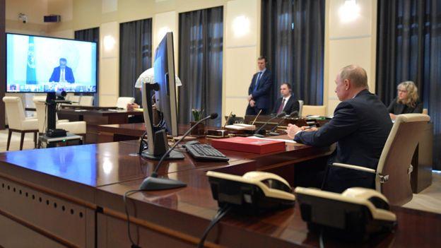Президент Владимир Путин принимает участие в саммите