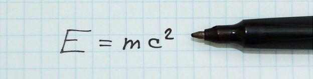 Fórmula de Einstein