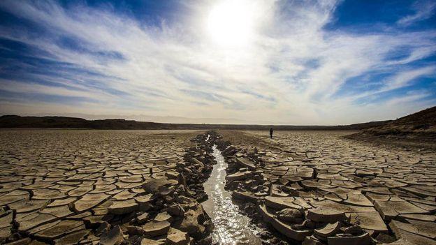 خشکی سد حاجی آباد در خراسان در سال ۱۳۹۳