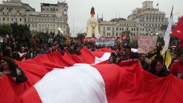 Protesta en la Plaza San Martín
