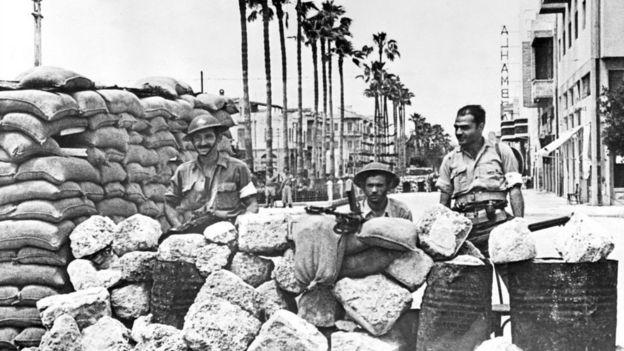 Una barricada en Jaffa durante la guerra árabe-israelí de 1948.