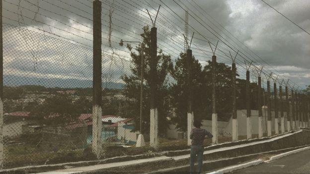 Centro de Detenção de Mulheres Santa Teresa, em Guatemala.
