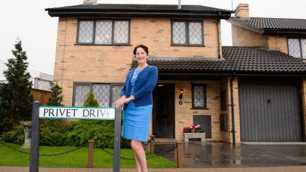 Harry potters privet drive house up for sale bbc news petunia dursley malvernweather Image collections