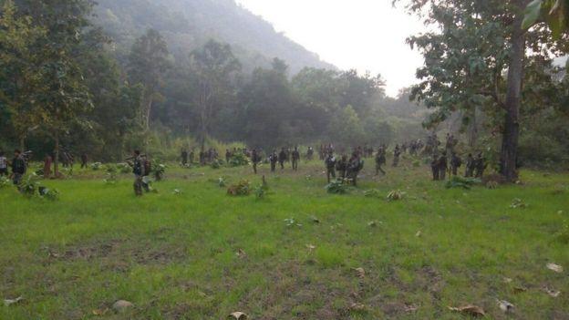 சட்டீஸ்கர் மாநில எல்லையில் 10 மாவோயிஸ்ட் சுட்டுக் கொலை