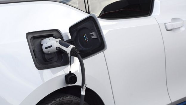 شارژ اتومبیل برقی