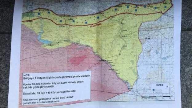 """Cumhurbaşkanı Erdoğan'ın gazetecilere gösterdiği """"güvenli bölge"""" haritası"""