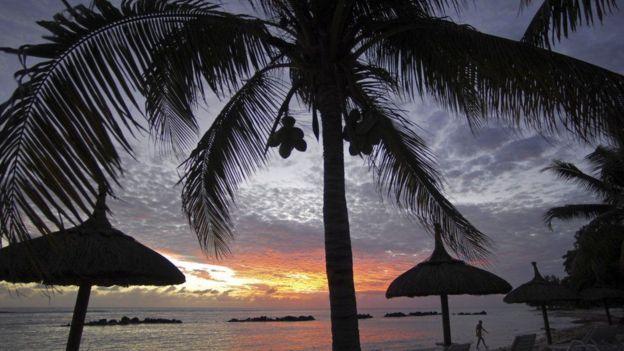 Kisiwa cha Mauritius kimekuwa kikitumiwa na makampuni na watu binafsi kutoka mataifa maskini zaidi kukwepa kulipa kodi za mapato