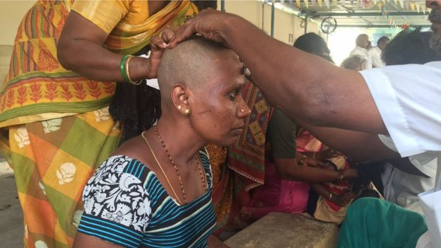 How Indians shave their head and hope for luck - BBC News