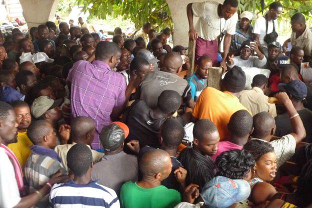Imigrantes haitianos, dominicanos, senegaleses e bengalenses em abrigo no Acre